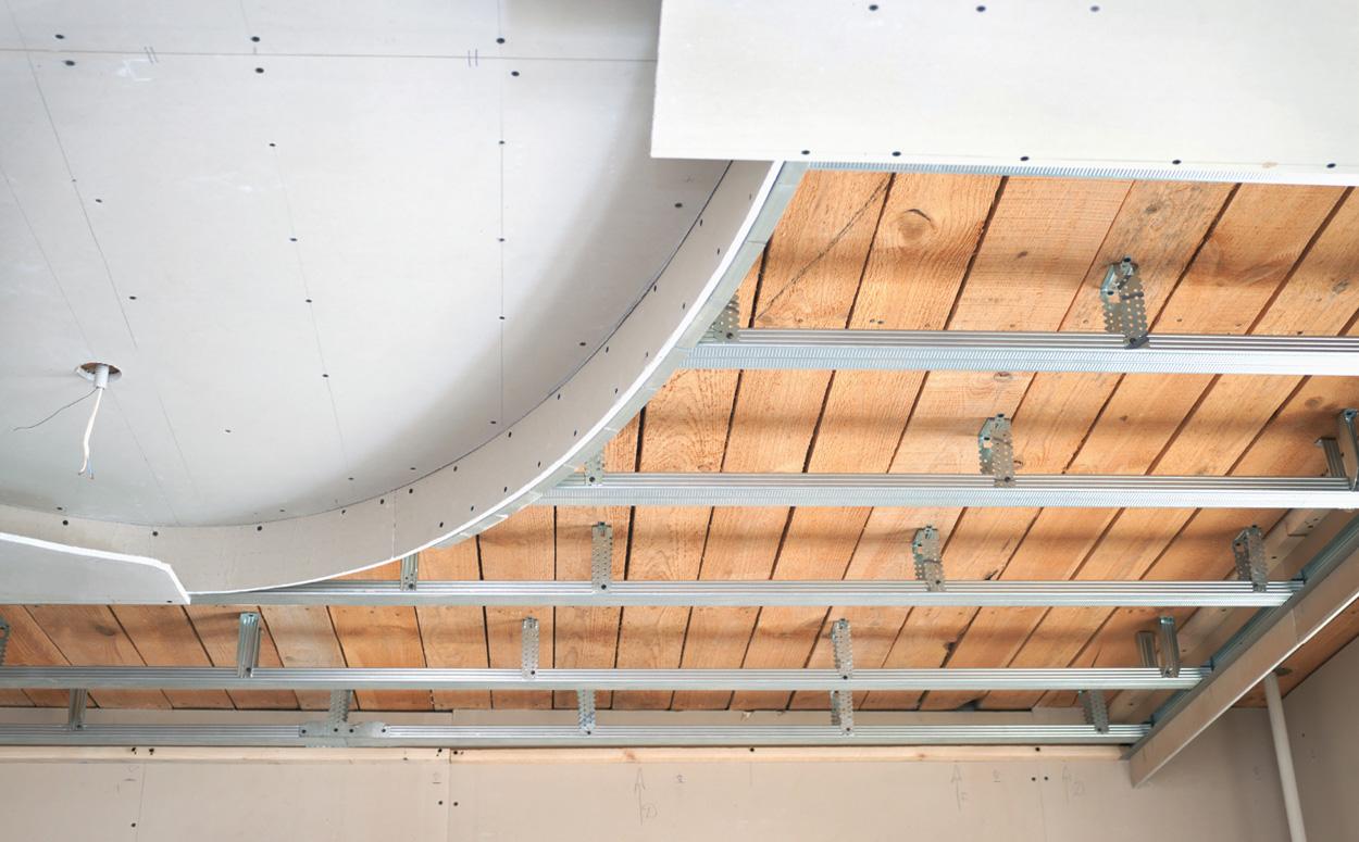 Badkamer Verlaagd Plafond : Verlaagd plafond plaatsen werkwijze & prijs advies
