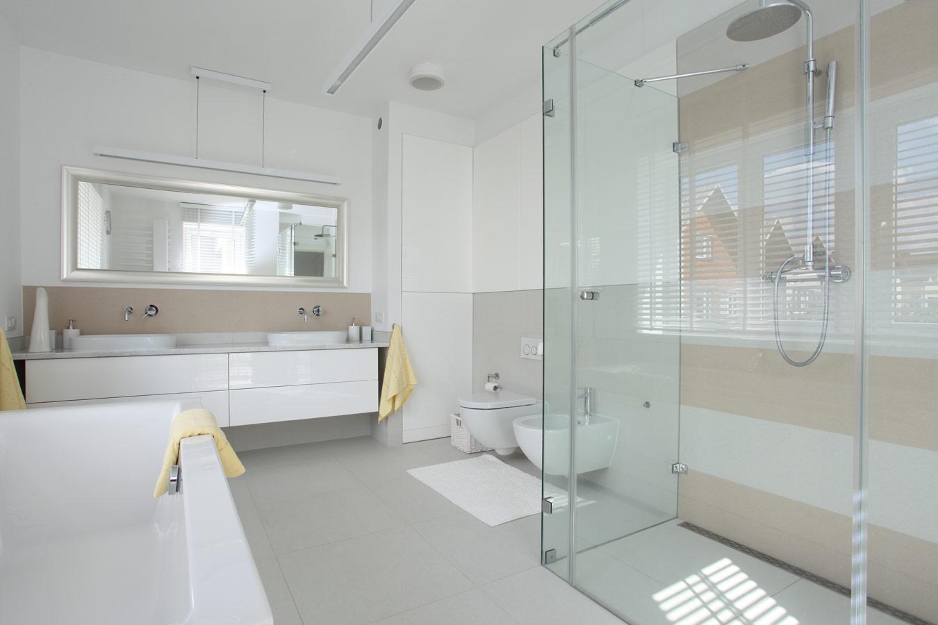 glazen douchewand plaatsen: tips en inspiratie foto's, Badkamer