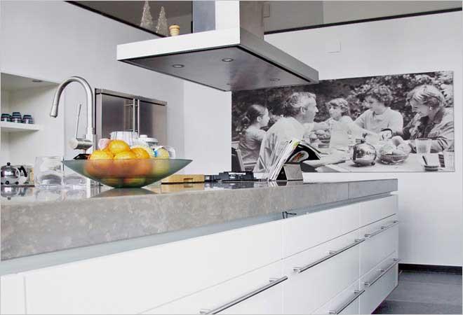 Moderne villa inrichting door D.O.O.S. interieur&vormgeving